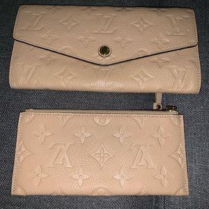 Louis Vuitton Creme Leather Sarah Wallet